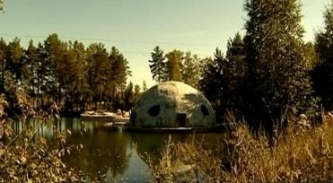 Дом на воде в Екатеринбурге